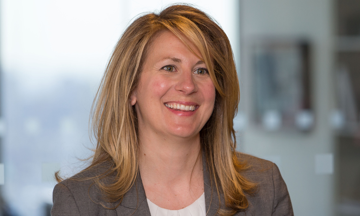 AllianceBernstein Senior Vice President and Senior Portfolio Manager - Erin